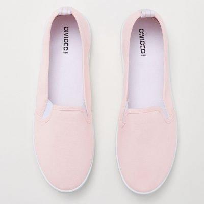 buy women sneakers online