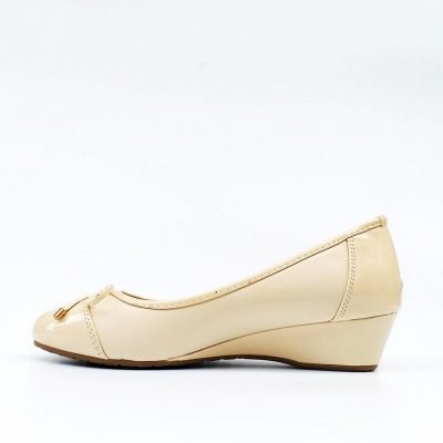 large feet women shoes