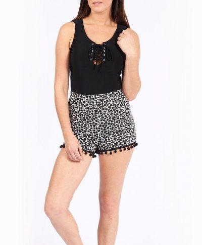 Monochrome Pom Pom Shorts – Sojoee.com