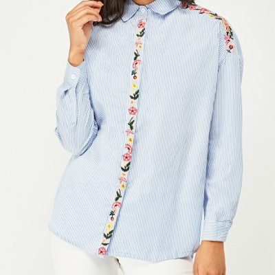 Flower Embroidered Detail - Sojoee.com