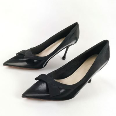 Black work shoes for women