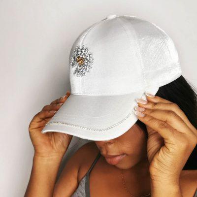 White stylish fashion face cap for women