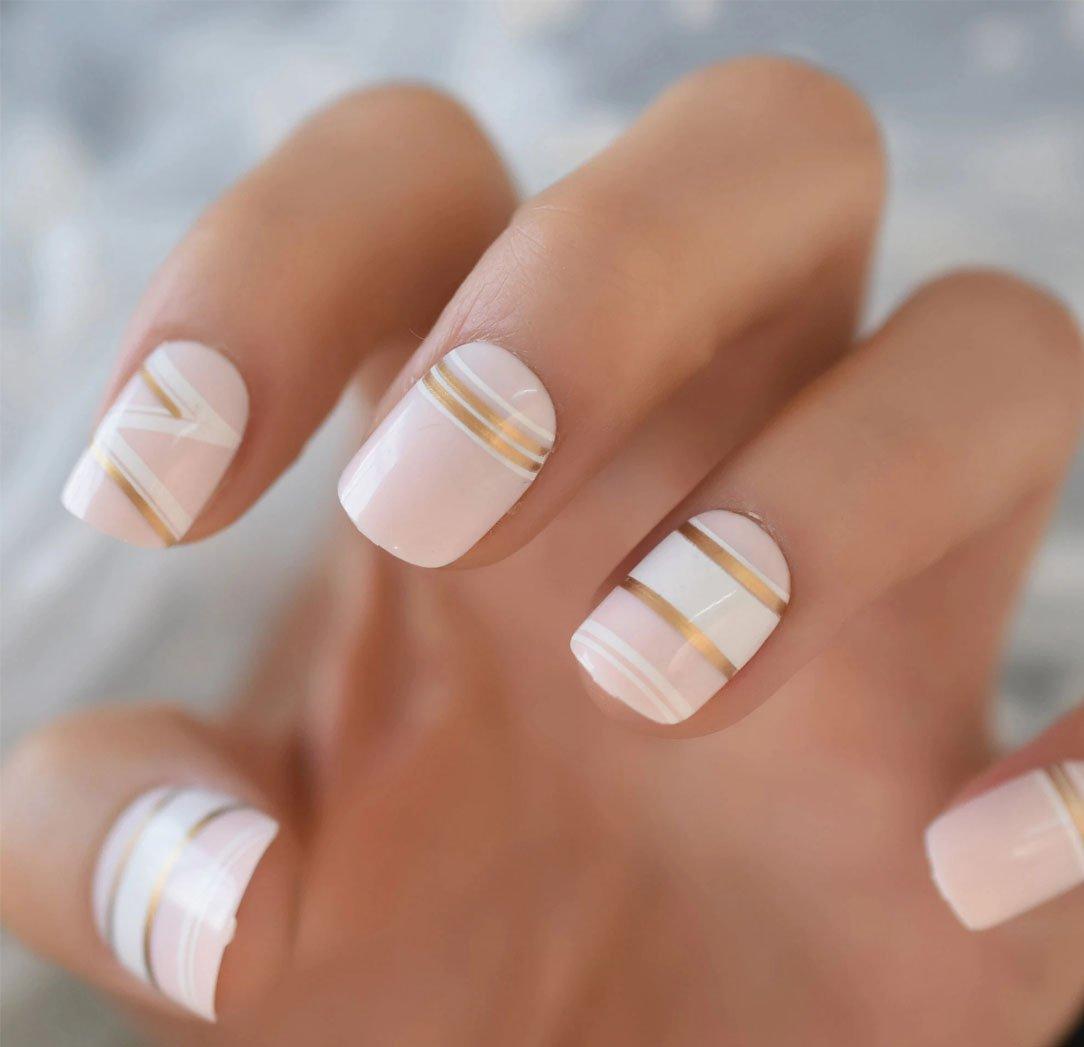 Short Gold Line Designs Artificial Nails