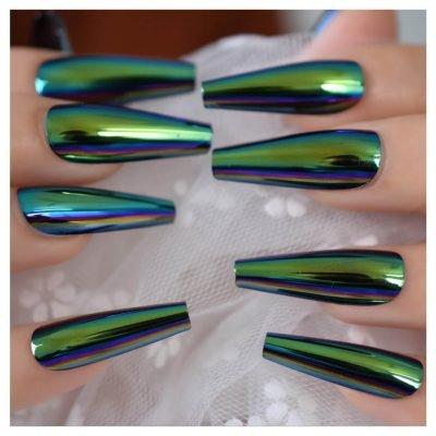 Beautiful press on nails